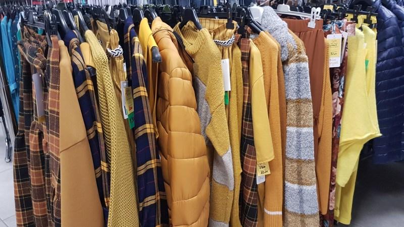 Perché fare shopping intelligente seguendo i colori