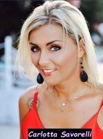 Carlotta Savorelli corteggiatrice del trono Over di Uomini e donne e vocalist molto nota a livello nazionale