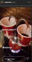 Gemma Galgani a prendersi una tazzina di caffè con l'amica Ida Platano
