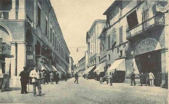 piazza1-faenza