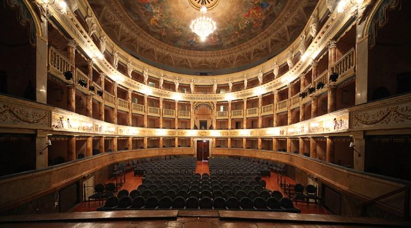 Teatro Masini sala frontale