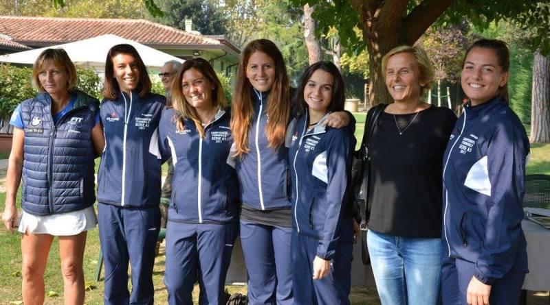La squadra di A1 femminile del Tc Faenza con Raffaella Reggi e Flora Perfetti