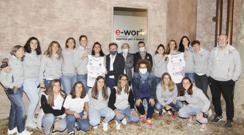 squadra femminile E-work Faenza