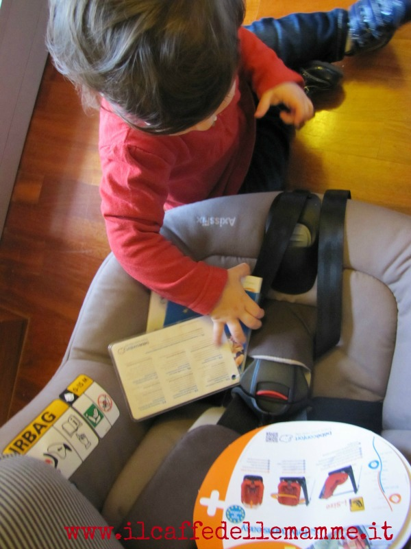 AxissFix il seggiolino per auto di Bébé Confort