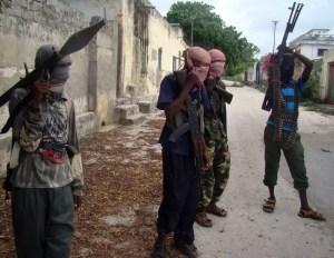 Combattenti di al-Shabaab a Mogadiscio (2009).