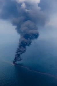 Petrolio in mare. La Guerra del Golfo ha fornito spunti di riflessione importanti per l'evoluzione del dibattito su ambiente e sicurezza.