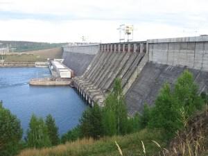 La diga di Rogun, al centro della disputa tra Uzbekistan e Tajikistan.