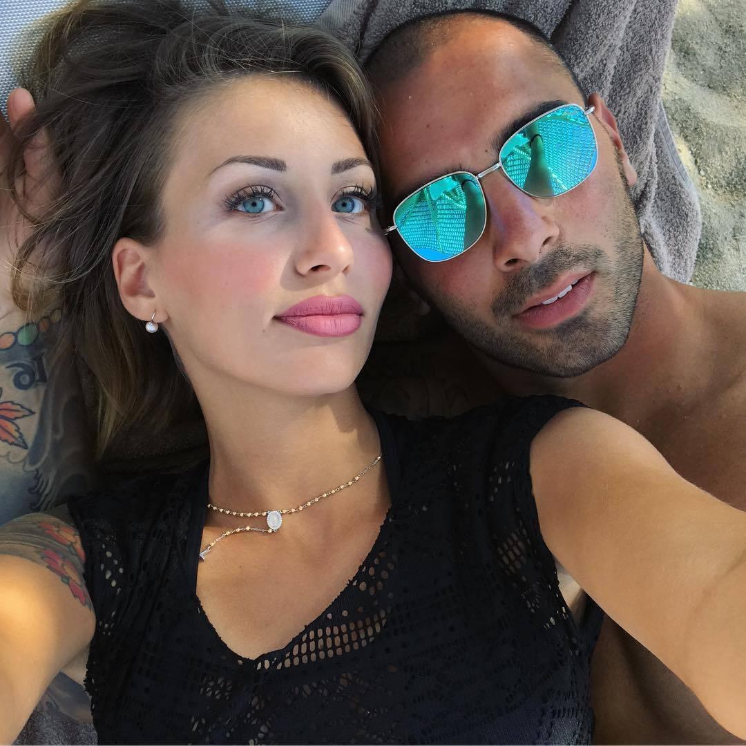 Napoli Sepe e la splendida vita da marito di Annalaura