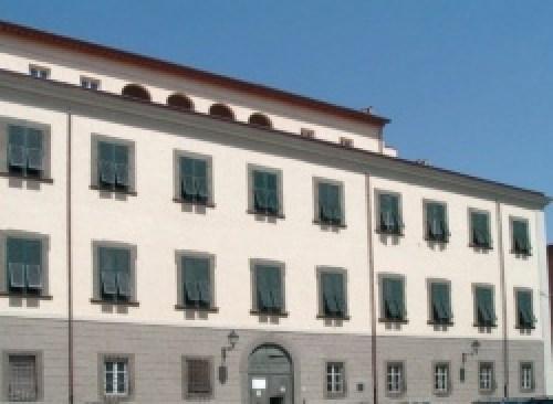 palazzi di tre piani