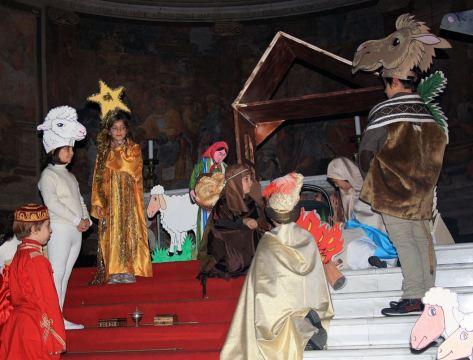 LA GRANDE CASA-Spettacolo in Chiesa01