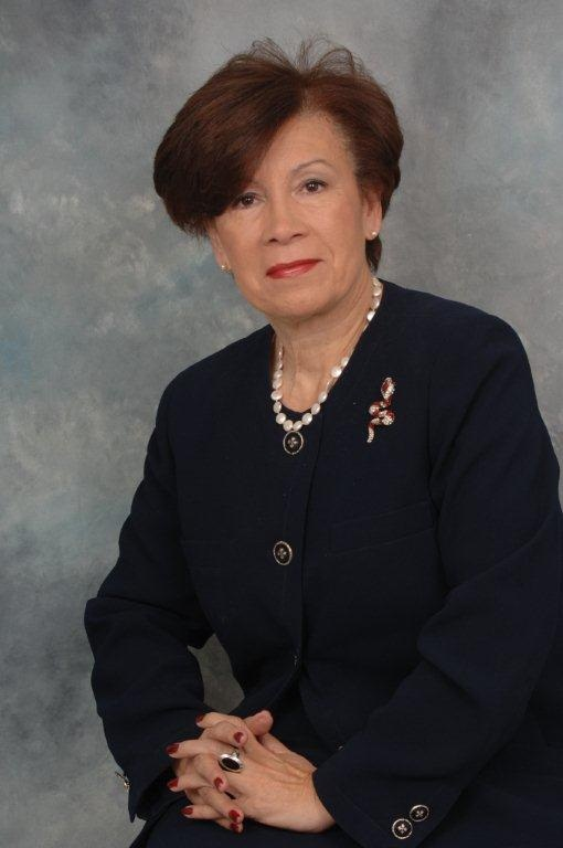 high chairs for seniors breakfast nook dr. elaine ruiz lÓpez - ceo news & notes may 2016 | ilchs international leadership charter ...