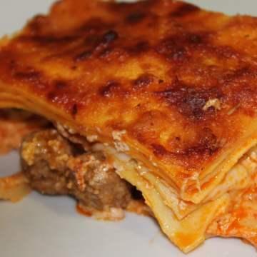 Lasagna_Napoletana-min