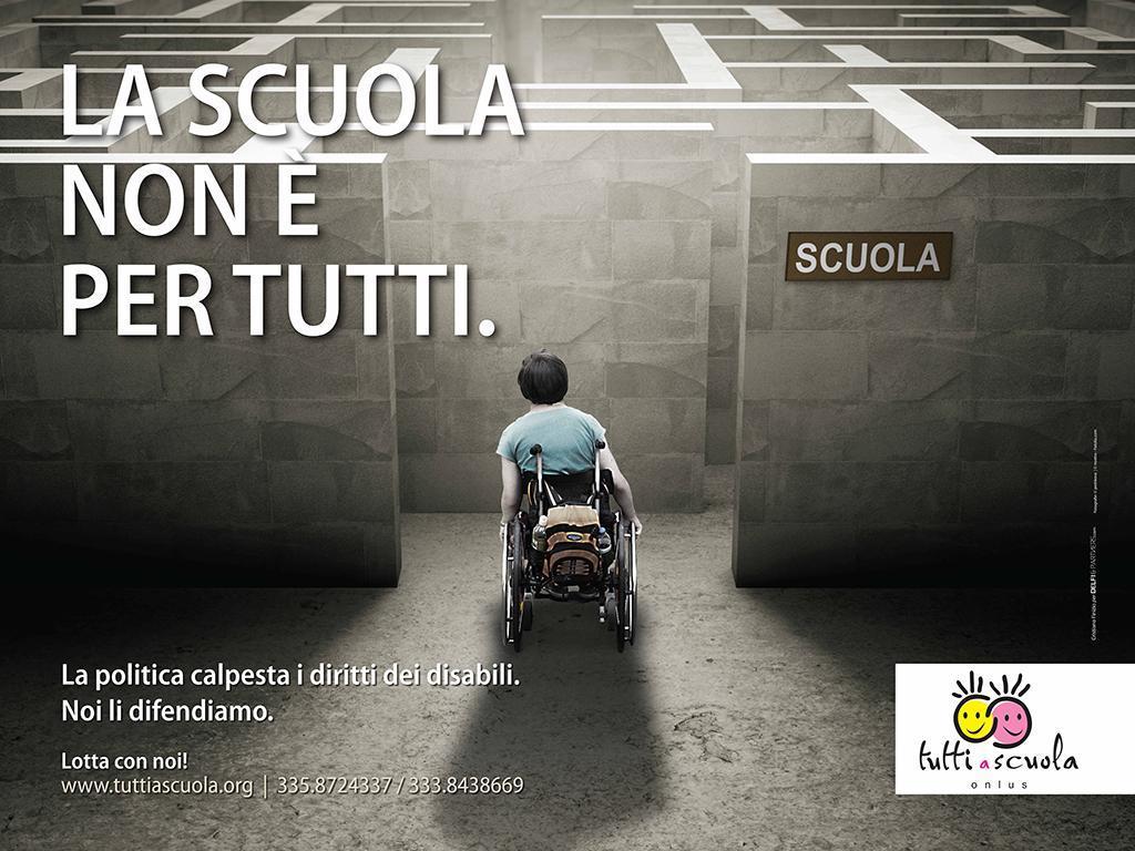 Risultati immagini per disabili a scuola