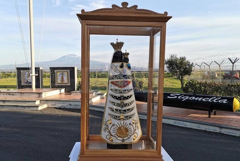 Aeronautica Militare: la Madonna di Loreto vola a Sigonella