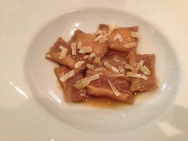 Tortello di castagne con ricotta e parmigiano