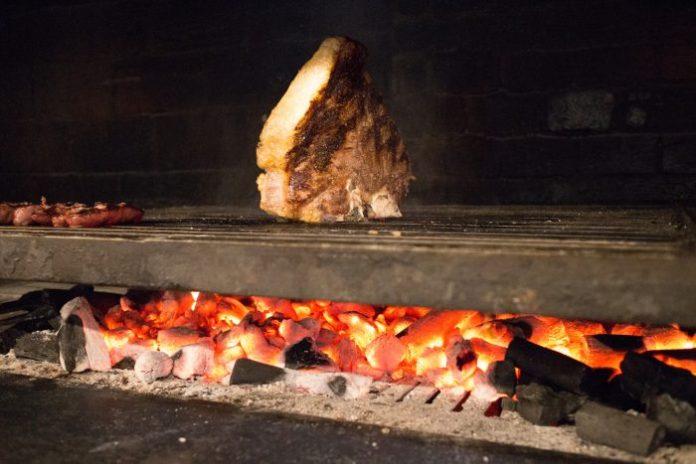 L'arte della carne alla brace, nella città della bistecca alla fiorentina: Braciere Malatesta