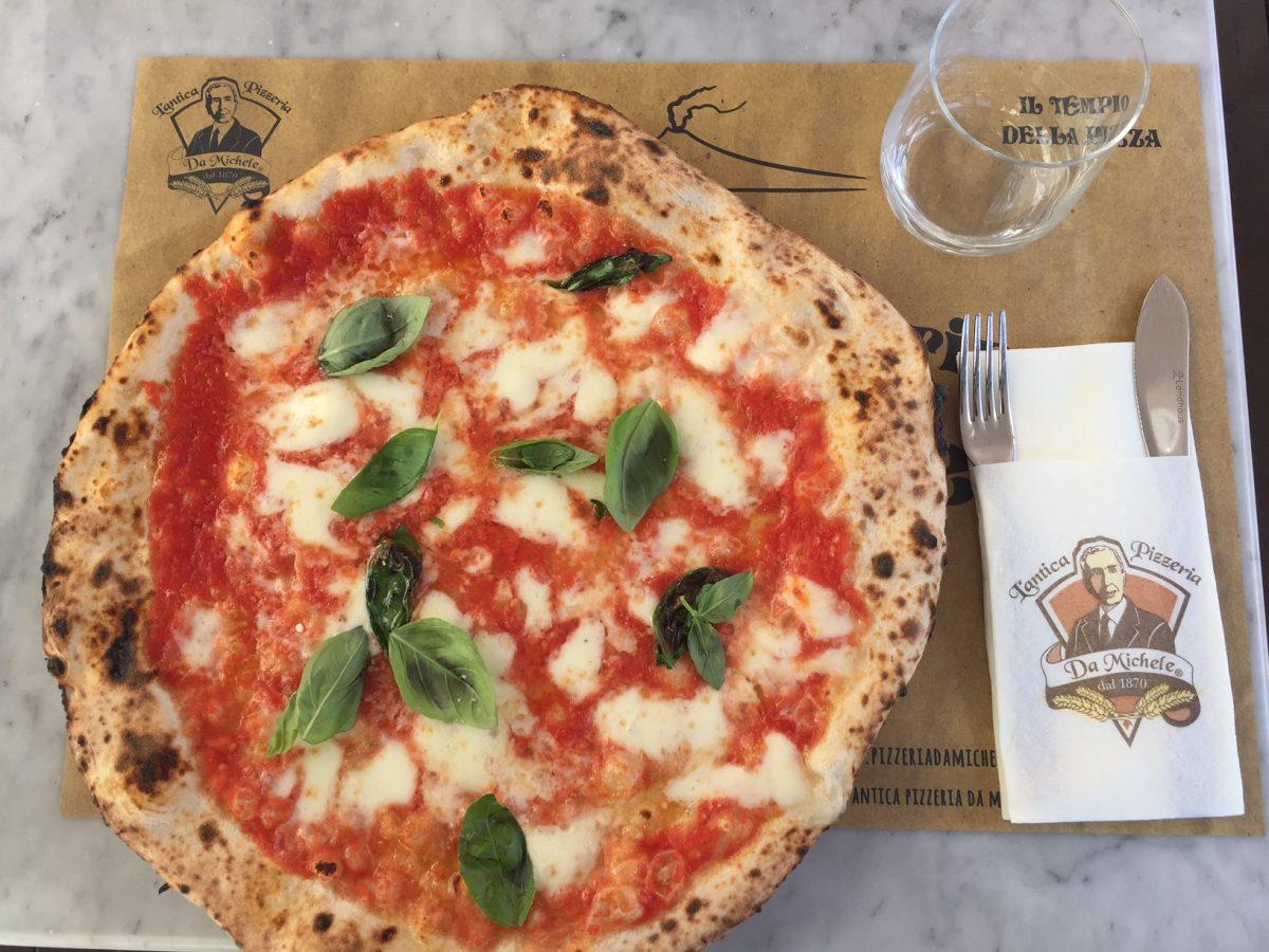 Ricetta Pizza Napoletana Da Michele.Antica Pizzeria Da Michele Lo Stile Napoletano Extralarge Ed Extralight