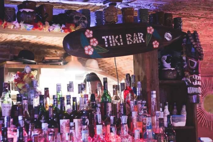 Makutu Tiki Bar
