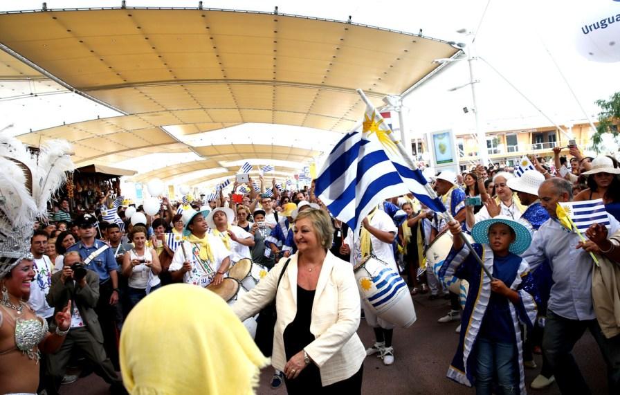 26_08_2015_10_30_46_Ufficio_Stampa_IT_National_Days_National_Day_Uruguay