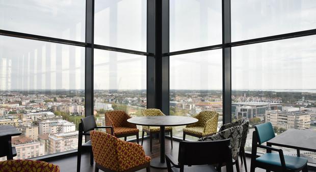 Cocktail e ristorante giapponese apre a novembre la torre