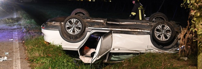 He loses control of the car and ends up in the ditch: 31 years old he dies crushed