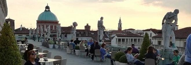 Riaperta la terrazza della basilica palladiana affittarla pu costare fino a 7mila euro
