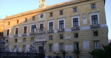 Comune di Palermo, azione legale contro la Regione per tram e tagli all'Amat