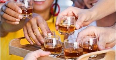 Abuso di cibo e alcol abbassano aspettativa di vita degli italiani