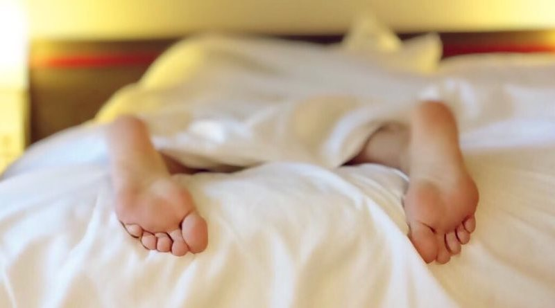 dormire tanto nel week end per dimagrire