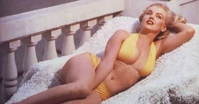 Marilyn Monroe in bikini