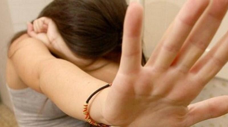 Enna, faceva prostituire la figlia con anziano: padre condannato a 9 anni