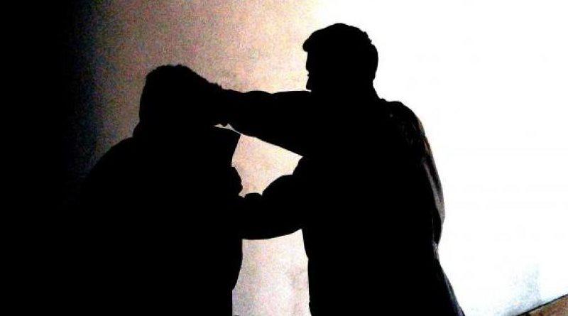 Un professore picchiato dal padre di un'alunna all'istituto comprensivo Abba-Alighieri a Palermo. Commozione celebrale e prognosi di 25 giorni per l'insegnante