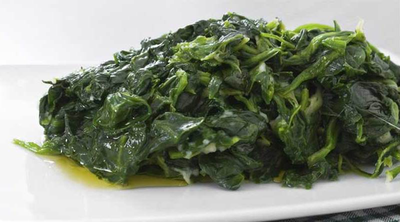 erba velenosa negli spinaci
