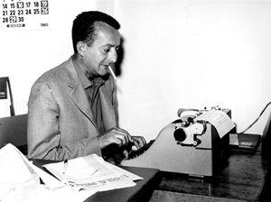 Mauro De Mauro nella redazione de L'Ora