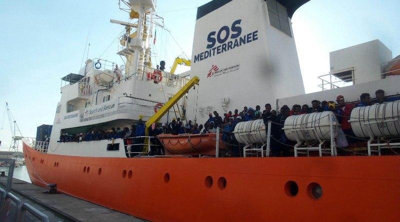 Sbarcano a Palermo oltre 600 migranti
