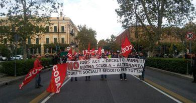 studenti in sciopero contro la Buona Scuola e l'alternanza scuola lavoro