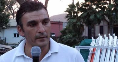 Il deputato regionale Edy Tamajo si scaglia sui social contro l'inviato delle Iene Ismaele La Vardera e altri giornalisti
