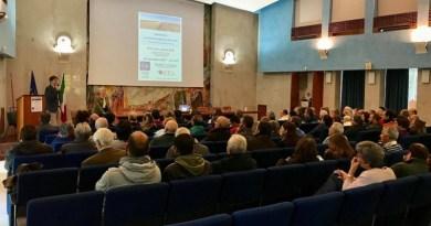 Agro-omeopatia a Palermo grazie al seminario tenuto dalla professoressaLucietta Bettidel Dipartimento di Scienze Agrarie dell'Università di Bologna
