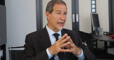 La giunta regionale ha revocato i dirigenti generali applicando la legge sullo spoil system. Restano in carica due direttori in procinto di andare in pensione