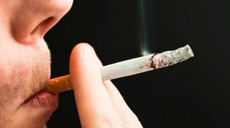 Il fumo di sigaretta depositato in stanza aumenta il rischio di cancro ai polmoni