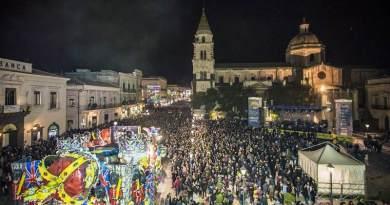 Oltre 200 mila presenze al Carnevale di Acireale, ecco la classifica dei carri 2018