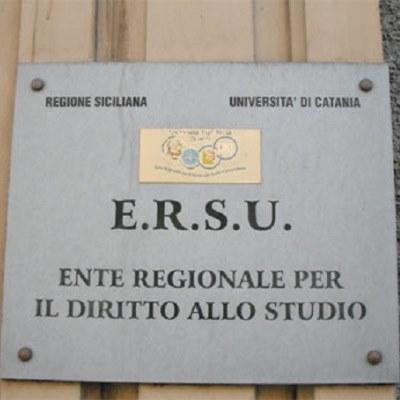 Ersu, occupato da studenti universitari l'ex Hotel Costa di Catania