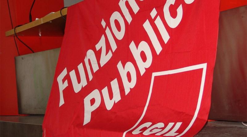 """Rifiuti, Fp Cgil: """"No allo scaricabarile del governo regionale"""""""