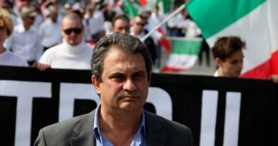 Gli orari dei due cortei, uno di Forza Nuova e l'altro dei centri sociali e Potere al Popolo, che si terranno sabato a Palermo