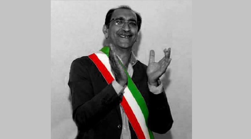Divieto di dimora per il sindaco di Barcellona Pozzo di Gotto Roberto Materia, accusato di abuso d'ufficio nell'inchiesta che ha coinvolto il Comune. In carcere un'ex assessore