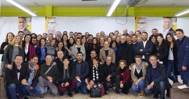 Sono 53 tra deputati e senatori i portavoce del Movimento 5 Stelle eletti a Montecitorio (36) e Palazzo Madama (17). Il Movimento 5 Stelle, in Sicilia, ha di fatto più che raddoppiato, nella tornata elettorale delle Politiche 2018, il numero di voti ottenuti alle regionali di quattro mesi fa.