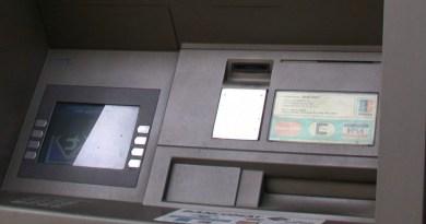 Avrebbero manomesso i bancomat del centro storico di Palermo con degli skimmer: denunciati due serbi, individuati con le immagini delle telecamere di sicurezza