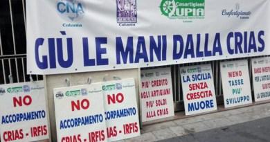 sit-in artigiani sede Crias a Catania