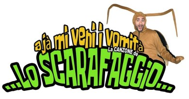 """Il video della canzone dance """"Ajà, mi veni i vomità"""" dello scarafaggio di Sicilia Cabaret: diventerà il tormentone dell'estate siciliana?"""