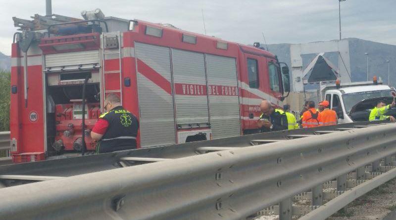 Incidente sull'autostrada Palermo-Mazara del Vallo, traffico in tilt